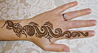 Chemical Engineering News What S That Stuff Henna